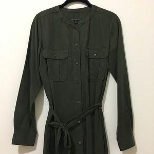 Banana Republic Dresses - Banana Republic long sleeve midi olive dress Sz6